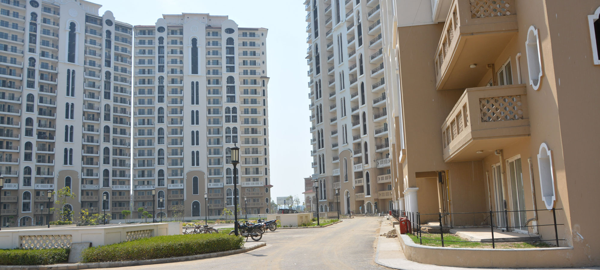 Dlf New Town Height Luxury Apartments In Gurgaon 9560076462